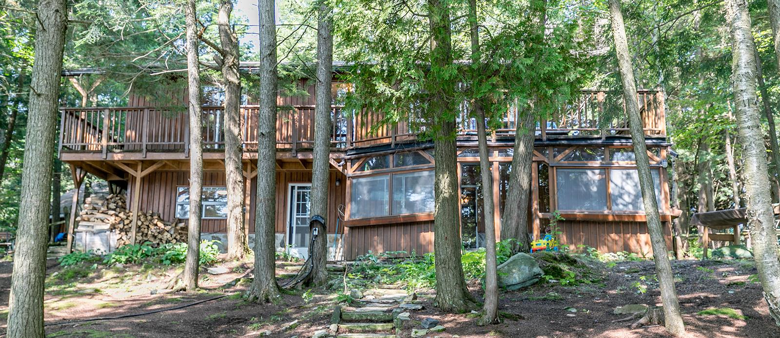 Walker Lake, Walker Lake Cottage For Sale, Harvey Kalles Real Estate, Aben Team, Waterfront Cottage, Lake of Bays, Muskoka Cottage For Sale