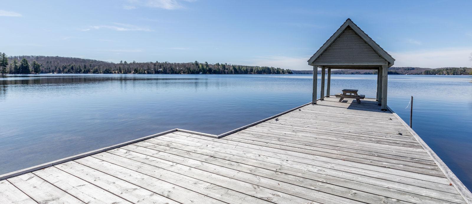 Waterfront cottage for sale, Harvey Kalles Real Estate, Aben Team, Lake of Bays, Lake of Bays cottage for sale, development potential lake of bays