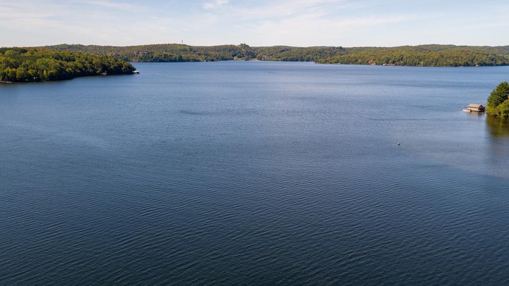 Peninsula Lake